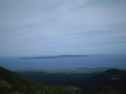 前方に礼文島