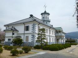 旧開智学校(正面左側から)