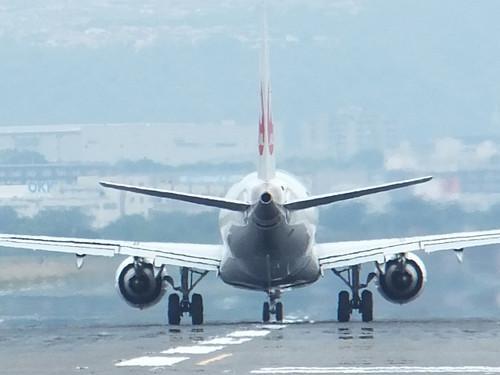 後方からの機体