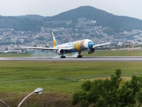 ポケモンJET 伊丹空港のランウェイ14