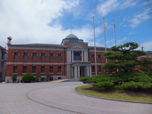 旧呉鎮守府(ちんじゅふ)庁舎