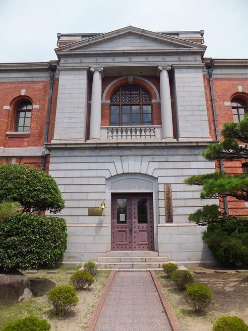 第一庁舎の裏側