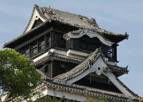 地震で熊本城にも被害